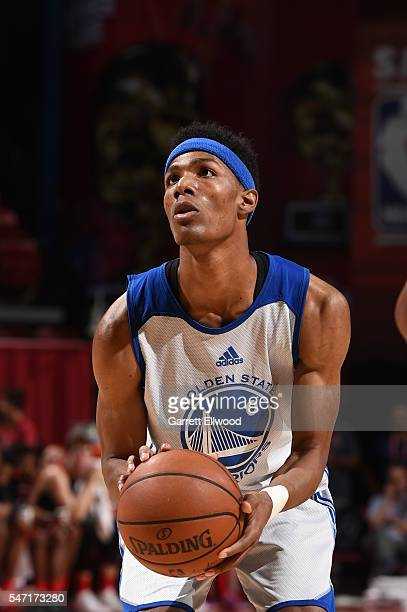 Patrick McCaw of Golden State Warriors shoots against the Houston Rockets during the 2016 Las Vegas Summer League on July 13 2016 at the Thomas Mack...
