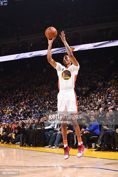 Patrick McCaw of the Golden State Warriors shoots the ball against the LA Clippers during the game on January 28 2017 at ORACLE Arena in Oakland...