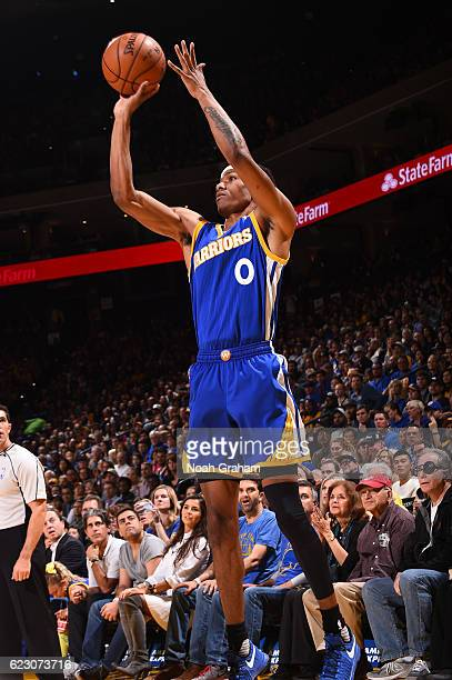 Patrick McCaw of the Golden State Warriors shoots the ball during a game against the Phoenix Suns on November 13 2016 at Oracle Arena in Oakland...