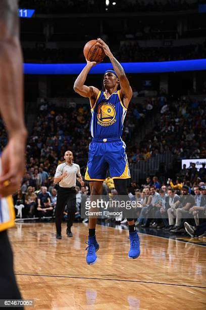 Patrick McCaw of the Golden State Warriors shoots the ball during the game against the Denver Nuggets on November 10 2016 at the Pepsi Center in...
