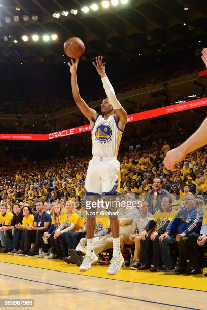 Patrick McCaw of the Golden State Warriors shoots the ball during the game against the San Antonio Spurs during Game Two of the Western Conference...