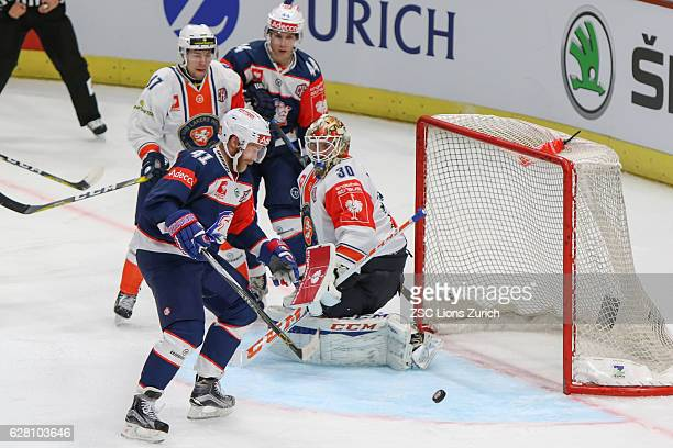 Patrick of Zurich with the chance to decide the game for the Zurich against Vaxjo during the Champions Hockey League Quarter Final match between ZSC...
