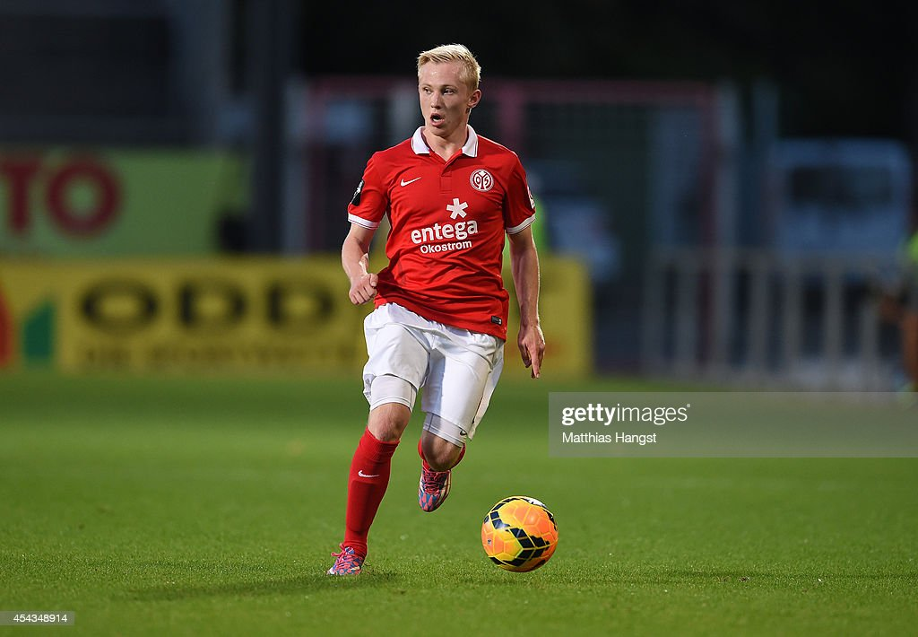 Patrick Pfluecke of Mainz controls the ball during the Third league match between 1. FSV Mainz 05 II and Hansa Rostock at Bruchweg Stadium on August 29, 2014 in Mainz, Germany.