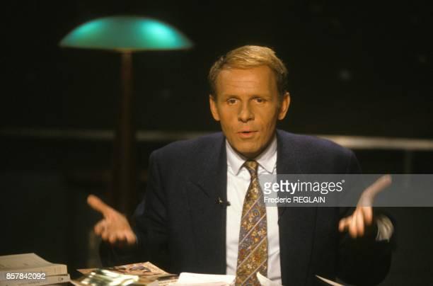 Patrick Poivre D'Arvor presente 'ExLibris' sur TF1 emission televisee traitant de de litterature le 8 septembre 1993 a Paris France