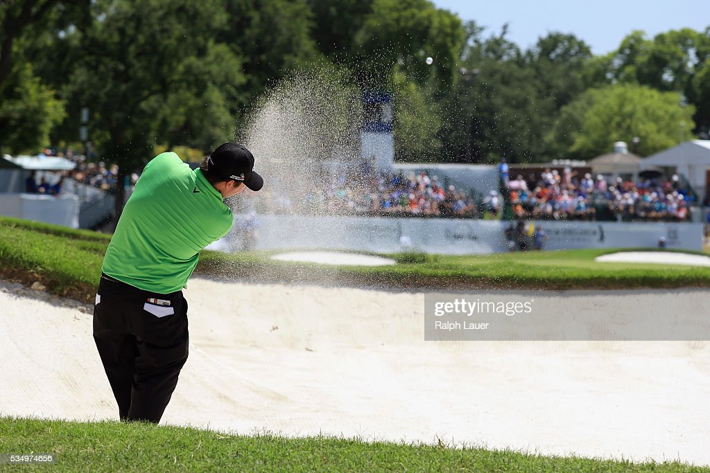 <a gi-track='captionPersonalityLinkClicked' href=/galleries/search?phrase=Patrick+Reed&family=editorial&specificpeople=846151 ng-click='$event.stopPropagation()'>Patrick Reed</a> hits a shot out of the bunker on the ninth hole during the Third Round of the DEAN & DELUCA Invitational at Colonial Country Club on May 28, 2016 in Fort Worth, Texas.