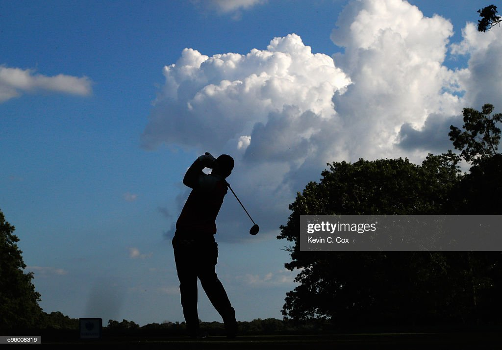 Patrick Reed hits his tee shot on the 17th hole during the second round of The Barclays in the PGA Tour FedExCup Play-Offs on the Black Course at Bethpage State Park on August 26, 2016 in Farmingdale, New York.