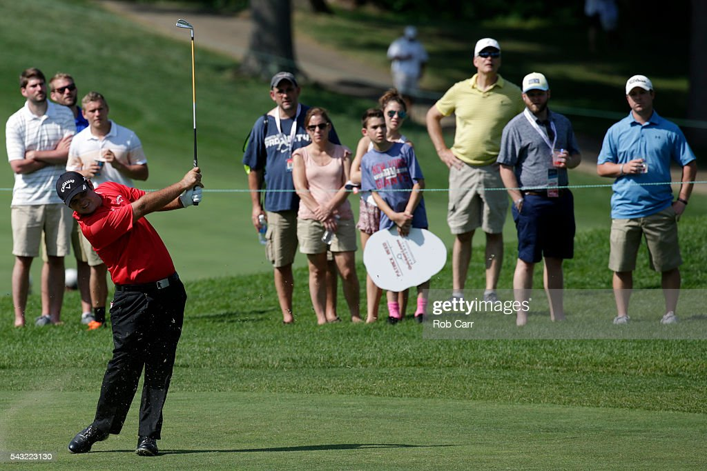 <a gi-track='captionPersonalityLinkClicked' href=/galleries/search?phrase=Patrick+Reed&family=editorial&specificpeople=846151 ng-click='$event.stopPropagation()'>Patrick Reed</a> plays a shot on the 16th hole during the final round of the Quicken Loans National at Congressional Country Club on June 26, 2016 in Bethesda, Maryland.