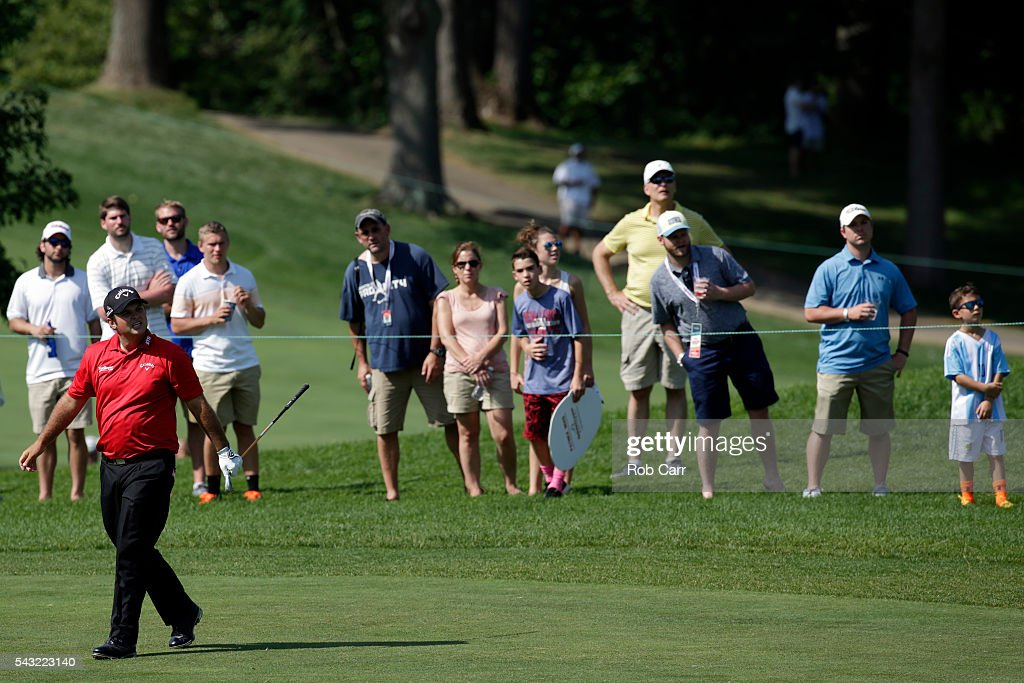 <a gi-track='captionPersonalityLinkClicked' href=/galleries/search?phrase=Patrick+Reed&family=editorial&specificpeople=846151 ng-click='$event.stopPropagation()'>Patrick Reed</a> watches his shot on the 16th hole during the final round of the Quicken Loans National at Congressional Country Club on June 26, 2016 in Bethesda, Maryland.