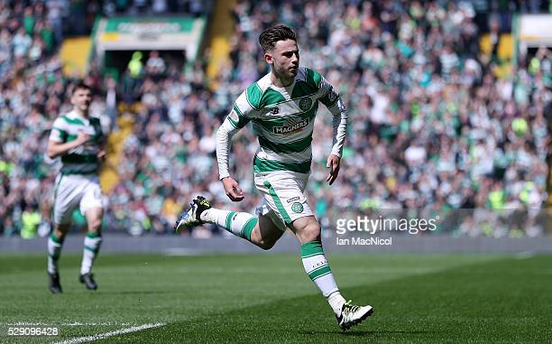 Patrick Roberts of Celtic celebrates scoring his side's first goal during the Ladbroke Scottish Premiership match between Celtic and Aberdeen at...