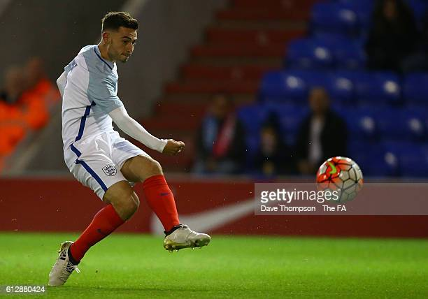 Patrick Roberts of England U20 scores the first goal of the game during the U20 International match between England U20 and Netherlands U20 at...