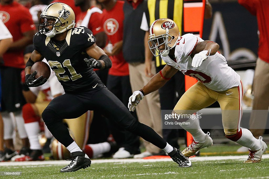 Patrick Robinson #21 of the New Orleans Saints intercepts a ball intended for Kyle Williams #10 of the San Francisco 49ers at The Mercedes-Benz Superdome on November 25, 2012 in New Orleans, Louisiana.