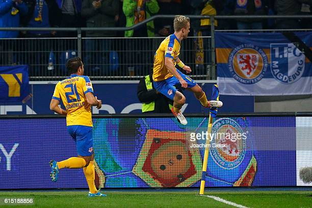 Patrick Schoenfeld and Nik Omladic of Braunschweig celebration the Goal 10 for Braunschweig during the Second Bundesliga match between Eintracht...