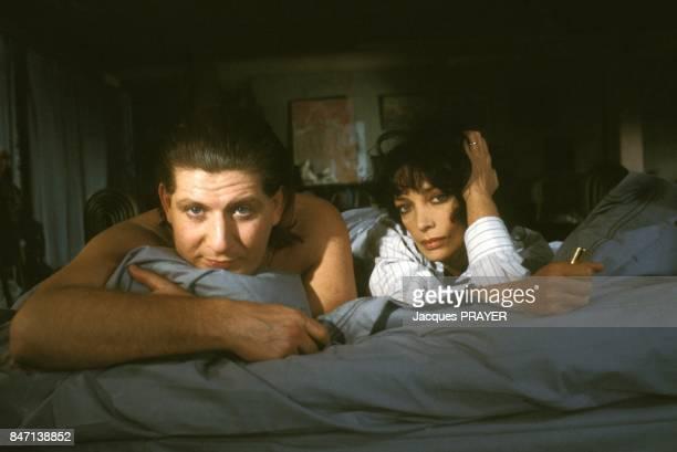 Patrick Sebastien et Marie Laforet sur le tournage du film 'Le Pactole' de JeanPierre Mocky en fevrier 1985 en France