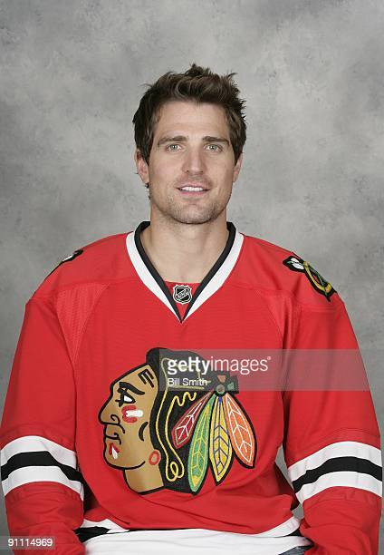 Patrick Sharp of the Chicago Blackhawks poses for his official headshot for the 20092010 NHL season