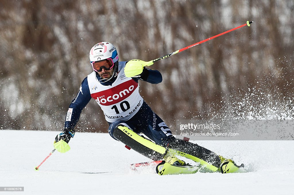 <a gi-track='captionPersonalityLinkClicked' href=/galleries/search?phrase=Patrick+Thaler&family=editorial&specificpeople=807782 ng-click='$event.stopPropagation()'>Patrick Thaler</a> of Italy competes during the Audi FIS Alpine Ski World Cup Men's Slalom on February 14, 2016 in Naeba, Japan.