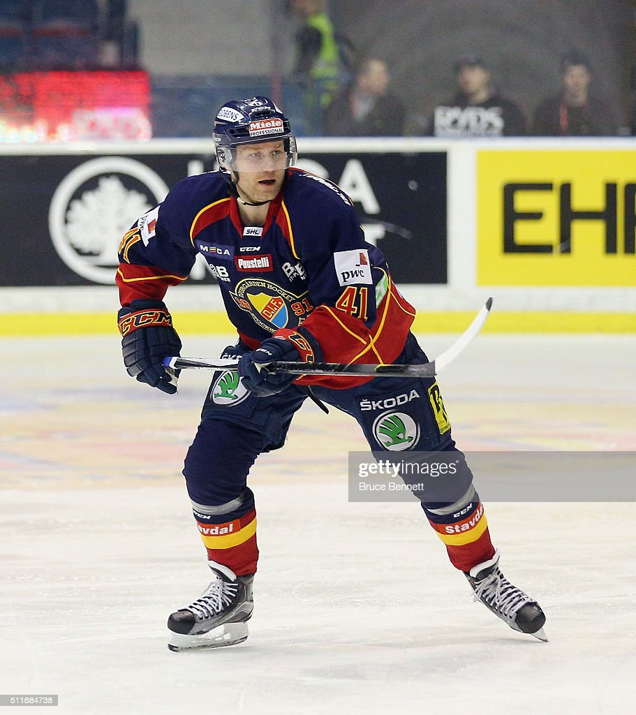 <a gi-track='captionPersonalityLinkClicked' href=/galleries/search?phrase=Patrick+Thoresen&family=editorial&specificpeople=637009 ng-click='$event.stopPropagation()'>Patrick Thoresen</a> #41 of Djurgarden Hockey skates against Linkoping HC at Hovet Arena on February 18, 2016 in Stockholm, Sweden.