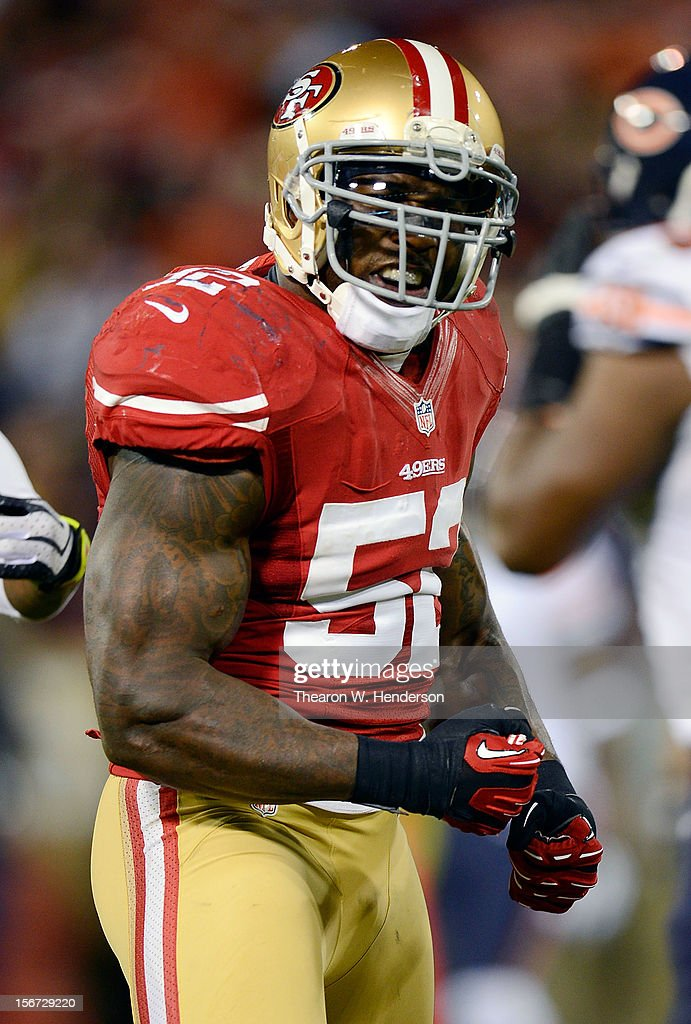Patrick Willis #52 of the San Francisco 49ers reacts after stopping Matt Forte' #22 of the Chicago Bears for a short gain during the fourth quarter at Candlestick Park on November 19, 2012 in San Francisco, California.