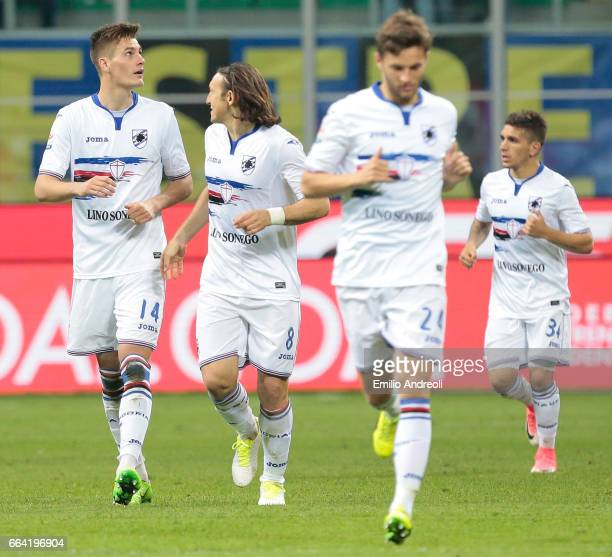Patrik Schick of UC Sampdoria celebrates his goal with his team mates during the Serie A match between FC Internazionale and UC Sampdoria at Stadio...