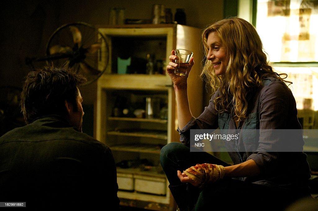 REVOLUTION -- 'Patriot Games' Episode 204 -- Pictured: (l-r) Billy Burke as Miles Matheson, Elizabeth Mitchell as Rachel Matheson --