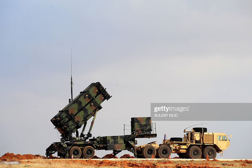 A Patriot missile launcher system is pictured at a Turkish military base in Gaziantep on February 5, 2013. The United States, Germany and the Netherlands committed to send two missile batteries each and up to 400 soldiers to operate them after Ankara asked for help to bolster its air defences against possible missile attack from Syria. AFP PHOTO/BULENT KILIC