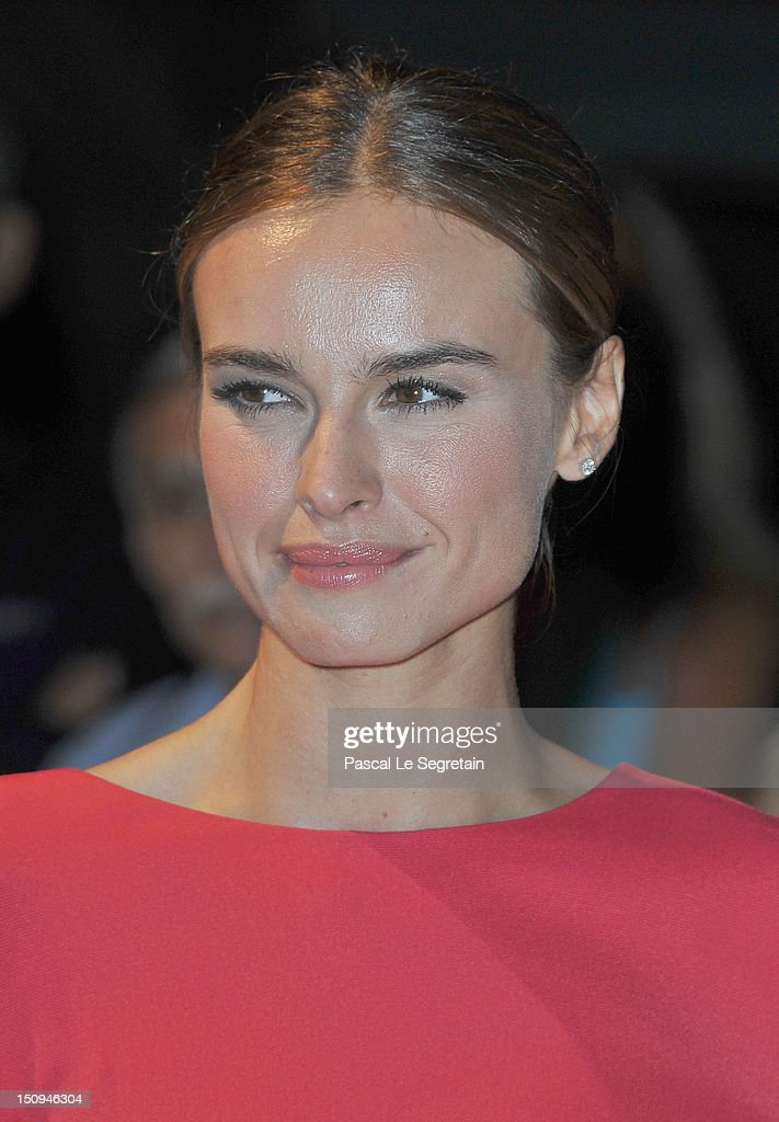 Patroness Kasia Smutniak attends the Opening Ceremony Dinner during the 69th Venice International Film Festival at Palazzo del Cinema on August 29, 2012 in Venice, Italy.