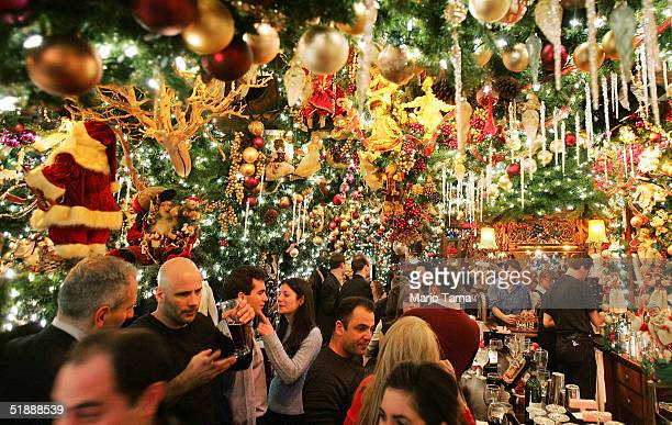 Patrons enjoy the traditional Christmas 'wunderland' decor in Rolf's German restaurant December 22 2004 in New York City The 19thcentury German...