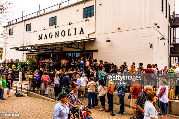WACO, TX, USA  MARCH 18, 2017: Patrons lined up at the front entrance of Magnolia Market awaiting entry.