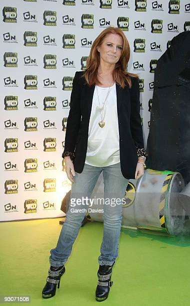 Patsy Palmer and Family at the Ben's 10 Awards at the Unicorn Theatre on November 15 2009 in London England The awards announce 10 winners to join a...