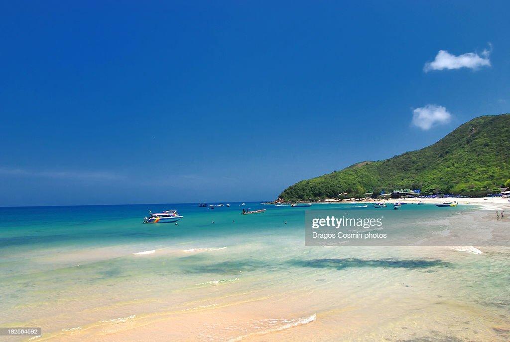 Pattaya beach, Koh lan, Thailand