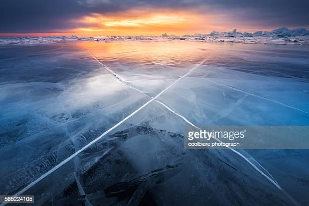 X pattern on Frozen lake