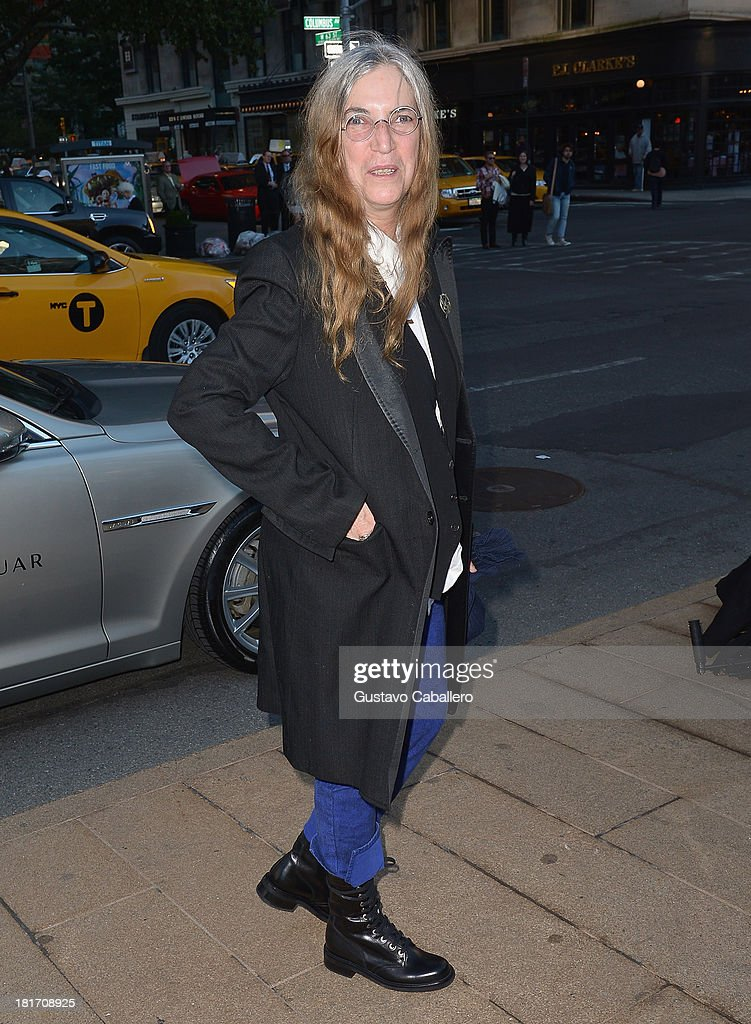 <a gi-track='captionPersonalityLinkClicked' href=/galleries/search?phrase=Patti+Smith+-+Madrinha+do+Punk&family=editorial&specificpeople=221285 ng-click='$event.stopPropagation()'>Patti Smith</a> is seen New York on September 23, 2013 in New York City.