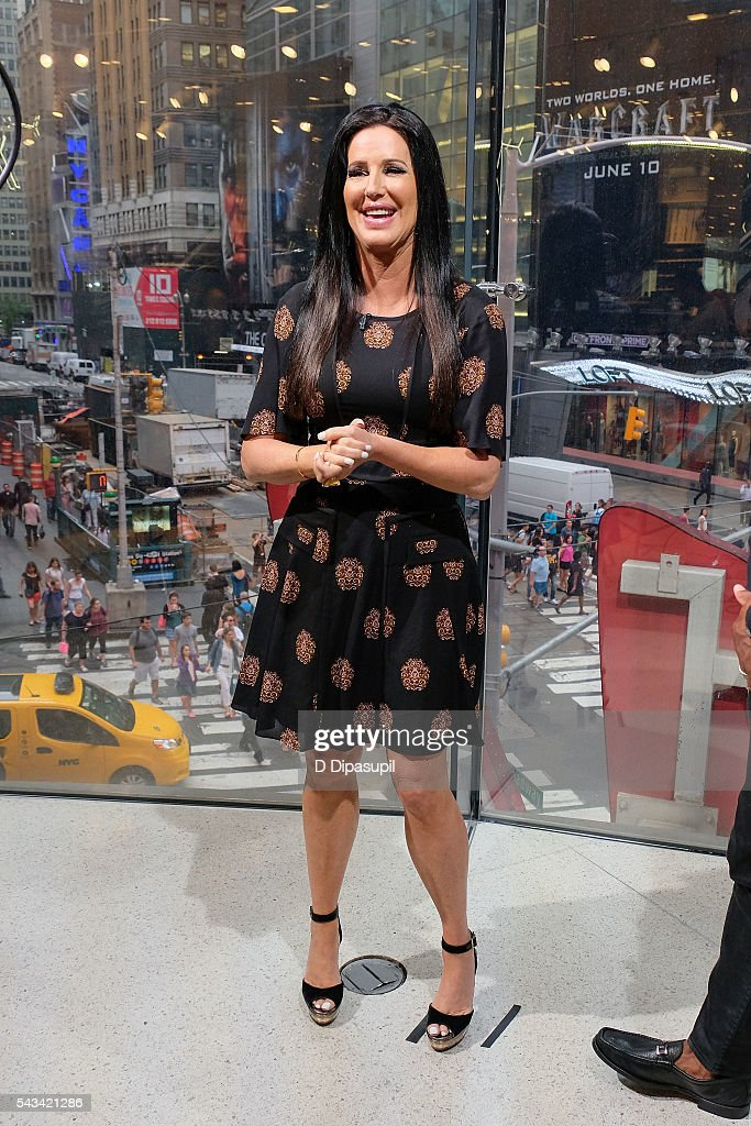 <a gi-track='captionPersonalityLinkClicked' href=/galleries/search?phrase=Patti+Stanger&family=editorial&specificpeople=5446458 ng-click='$event.stopPropagation()'>Patti Stanger</a> visits 'Extra' at their New York studios at H&M in Times Square on June 28, 2016 in New York City.
