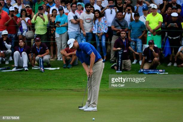 Patton Kizzire of the United States putts on the 18th green during the final round of the OHL Classic at Mayakoba on November 12 2017 in Playa del...
