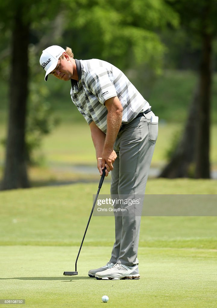 <a gi-track='captionPersonalityLinkClicked' href=/galleries/search?phrase=Patton+Kizzire&family=editorial&specificpeople=5533777 ng-click='$event.stopPropagation()'>Patton Kizzire</a> putts on the first hole during the second round of the Zurich Classic of New Orleans at TPC Louisiana on April 29, 2016 in Avondale, Louisiana.