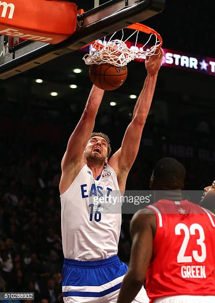 Pau Gasol of the Chicago Bulls and the Eastern Conference dunks in the first half against the Western Conference during the NBA AllStar Game 2016 at...