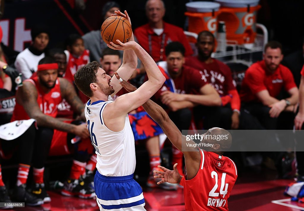 Pau Gasol #16 of the Chicago Bulls and the Eastern Conference shoots against Kobe Bryant #24 of the Los Angeles Lakers and the Western Conference in the second half during the NBA All-Star Game 2016 at the Air Canada Centre on February 14, 2016 in Toronto, Ontario.