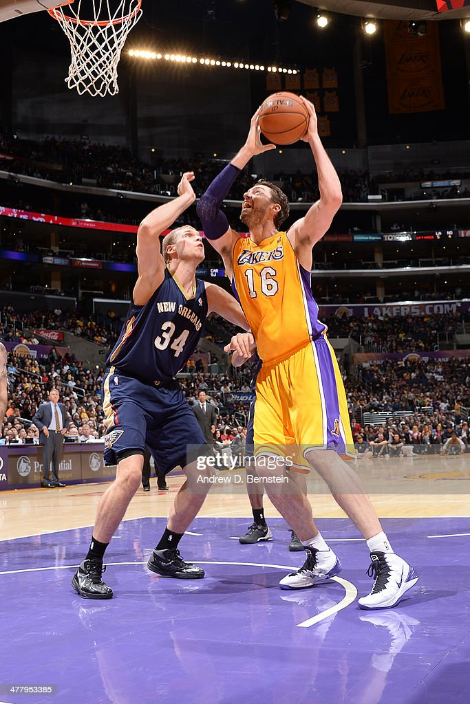 <a gi-track='captionPersonalityLinkClicked' href=/galleries/search?phrase=Pau+Gasol&family=editorial&specificpeople=201587 ng-click='$event.stopPropagation()'>Pau Gasol</a> #16 of the Los Angeles Lakers goes up for a shot against the New Orleans Pelicans at Staples Center on March 4, 2014 in Los Angeles, California.