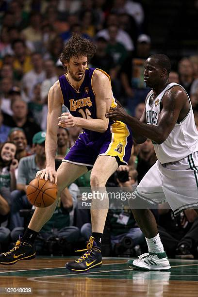 Pau Gasol of the Los Angeles Lakers posts up against Kendrick Perkins of the Boston Celtics in the second quarter during Game Five of the 2010 NBA...