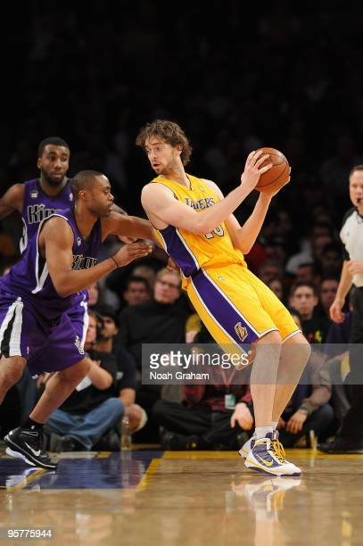 Pau Gasol of the Los Angeles Lakers posts up against Kenny Thomas of the Sacramento Kings during the game on January 1 2010 at Staples Center in Los...