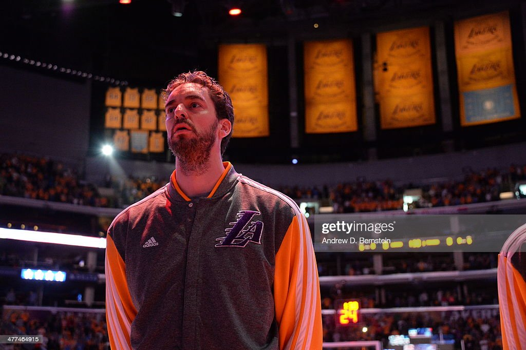 Pau Gasol #16 of the Los Angeles Lakers stands in observance of the national anthem before a game against the Oklahoma City Thunder at STAPLES Center on March 9, 2014 in Los Angeles, California.