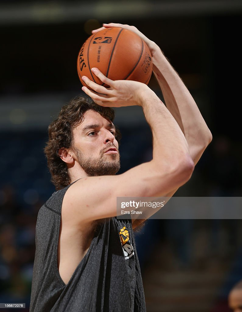 Pau Gasol #16 of the Los Angeles Lakers warms up before their game against the Sacramento Kings at Power Balance Pavilion on November 21, 2012 in Sacramento, California.