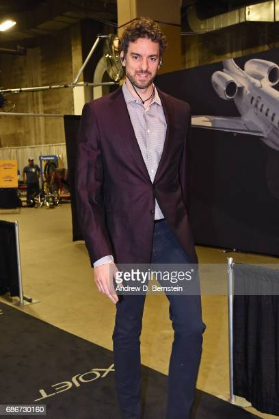 Pau Gasol of the San Antonio Spurs arrives at the arena before Game One of the Western Conference Finals against the Golden State Warriors during the...