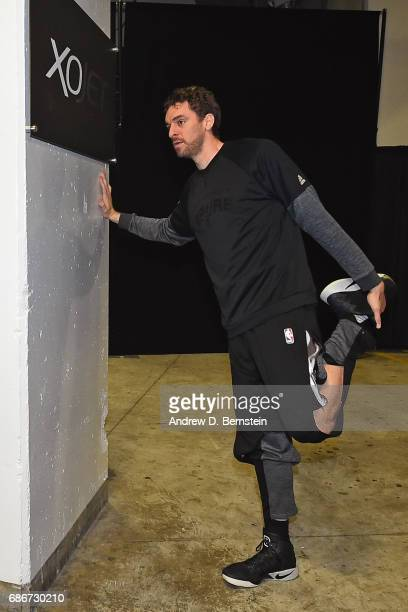 Pau Gasol of the San Antonio Spurs stretches in the hallway before Game One of the Western Conference Finals against the Golden State Warriors during...