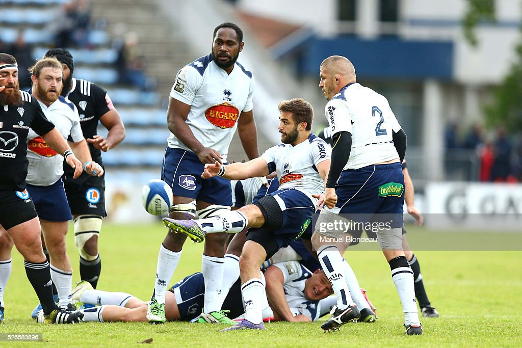 Paul Abadie of Agen during the French Top 14 rugby union match between SU Agen v CA Brive at Stade Armandie on April 30, 2016 in Agen, France.