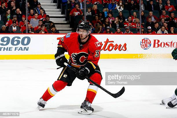 Paul Byron of the Calgary Flames skates against the Minnesota Wild at Scotiabank Saddledome on January 29 2015 in Calgary Alberta Canada The Wild won...