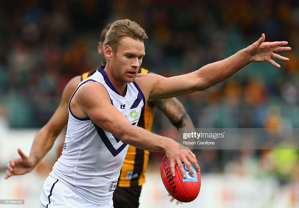 Paul Duffield of the Dockers controls the ball during the round four AFL match between the Hawthorn Hawks and the Fremantle Dockers at Aurora Stadium on April 20, 2013 in Launceston, Australia.