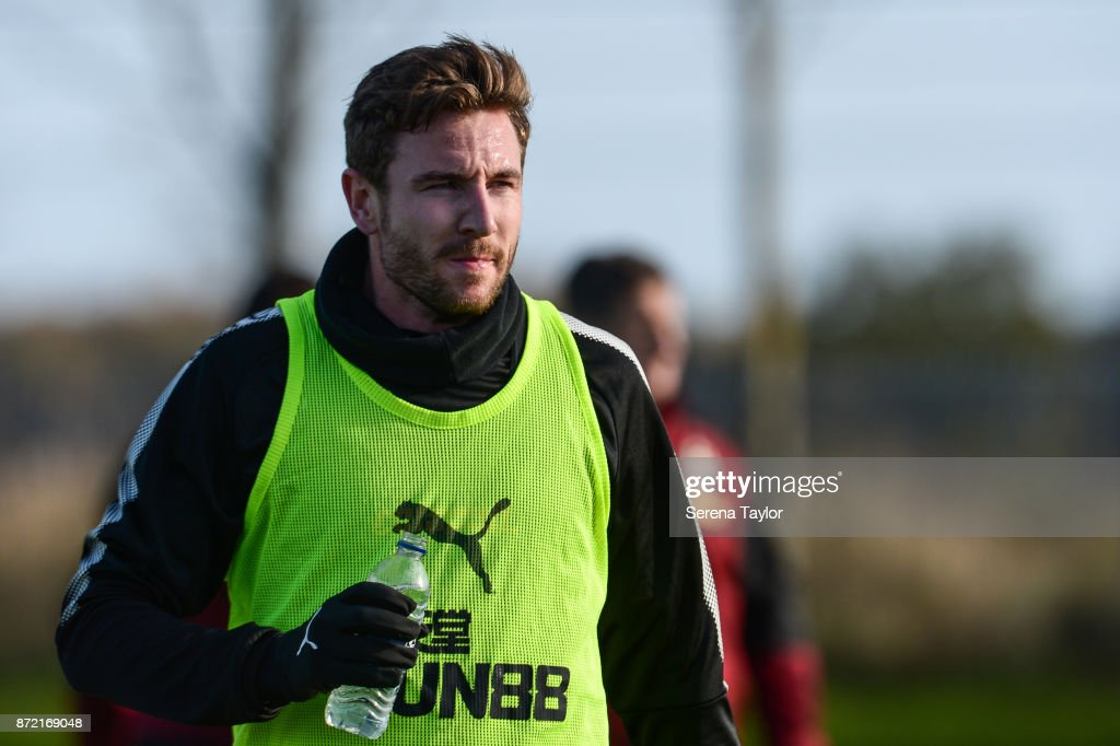 Paul Dummett takes a drink during the Newcastle United Training session at the Newcastle Untied Training Centre on November 9, 2017 in Newcastle upon Tyne, England.