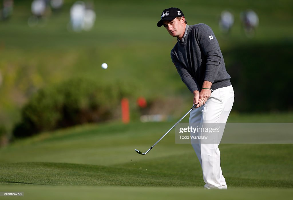 <a gi-track='captionPersonalityLinkClicked' href=/galleries/search?phrase=Paul+Dunne&family=editorial&specificpeople=5481664 ng-click='$event.stopPropagation()'>Paul Dunne</a> of Ireland chips onto the sixth green during the second round of the AT&T Pebble Beach National Pro-Am at the Pebble Beach Golf Links on February 12, 2016 in Pebble Beach, California.
