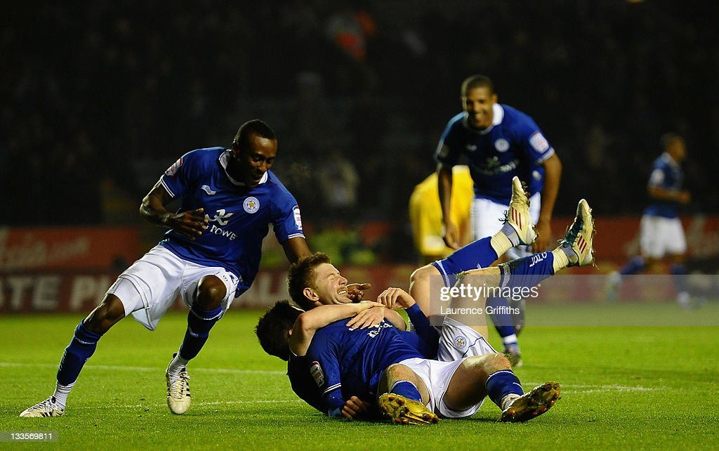 <a gi-track='captionPersonalityLinkClicked' href=/galleries/search?phrase=Paul+Gallagher+-+Soccer+Forward&family=editorial&specificpeople=13650994 ng-click='$event.stopPropagation()'>Paul Gallagher</a> of Leicester celebrates the third goal with <a gi-track='captionPersonalityLinkClicked' href=/galleries/search?phrase=David+Nugent+-+Soccer+Player&family=editorial&specificpeople=644849 ng-click='$event.stopPropagation()'>David Nugent</a> during the npower Championship match between Leicester City and Crystal Palace at Walkers Stadium on November 20, 2011 in Leicester, England.