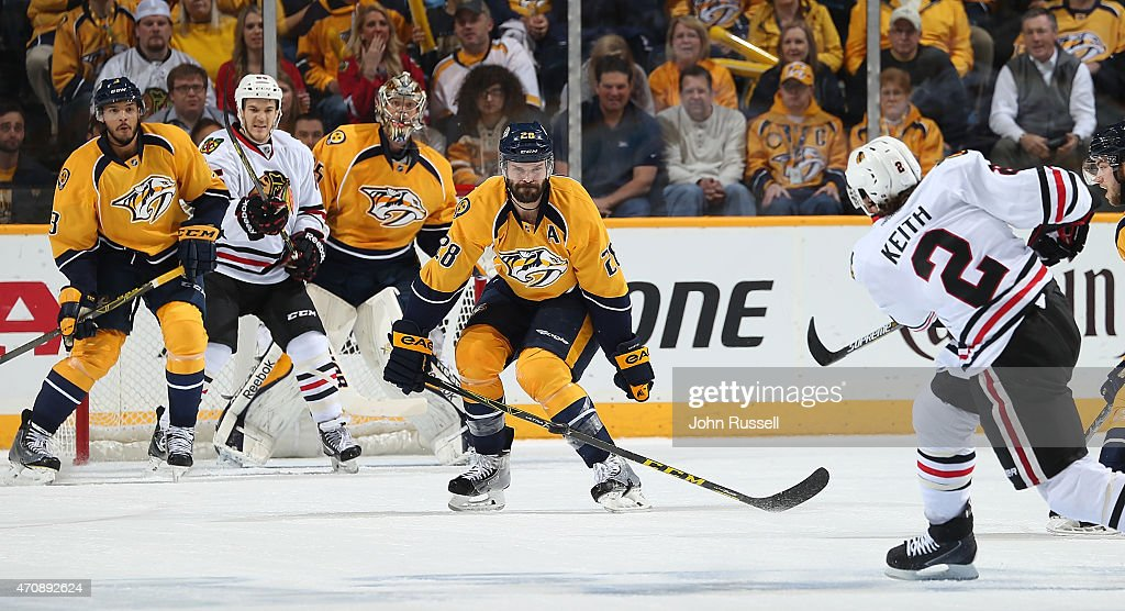Paul Gaustad #28 of the Nashville Predators blocks the shot of Duncan Keith #2 of the Chicago Blackhawks in Game Five of the Western Conference Quarterfinals during the 2015 NHL Stanley Cup Playoffs at Bridgestone Arena on April 23, 2015 in Nashville, Tennessee.